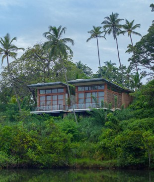 island-resort_030116_01
