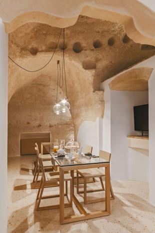 italian_hotel_140916_04