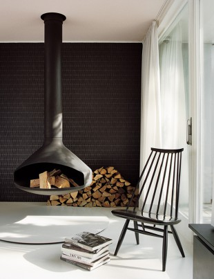 modern-living-room-hanging-black-fireplace-240217-1024-02