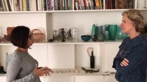 Tania explica como decora sua estante