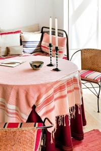 revista-axxis-decoracion-casa-victoria-fernandez-lisboa-mesa-2